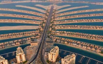 The-Plam-Jumeriah,-Dubai-UAE